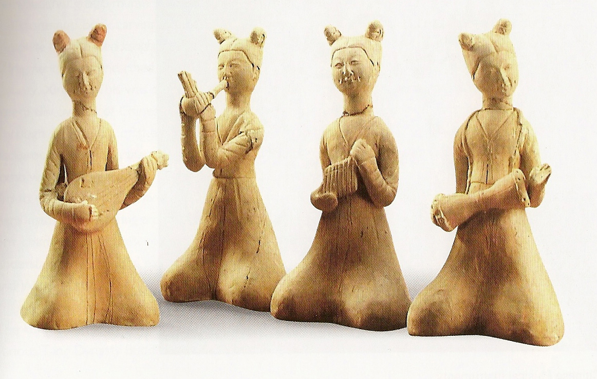 pottery figurines of musicians